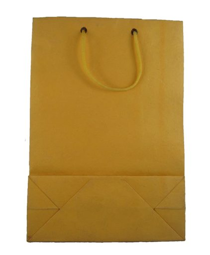 These handmade paper bags are perfect for bridal weddings and gifting.